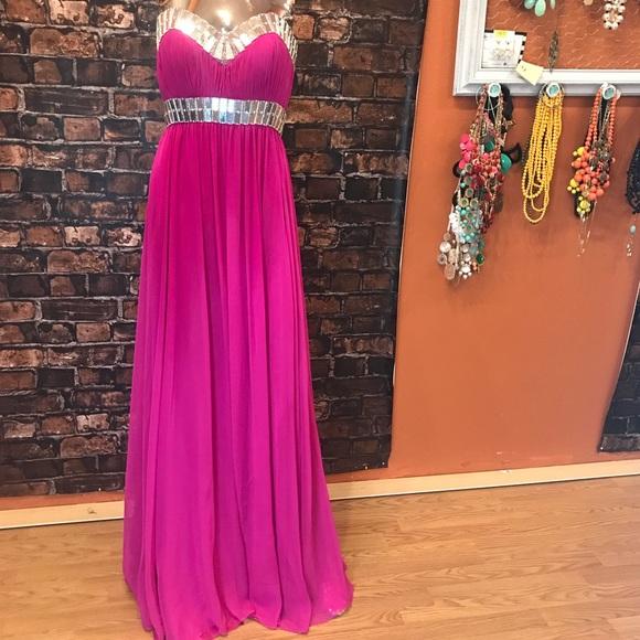 Bg Haute Dresses Fuchsia Formal Dress Size 6 Poshmark